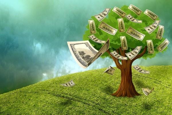 Le mosse degli investitori. C'è un trilione di $ pronto a tornare sull'azionario?