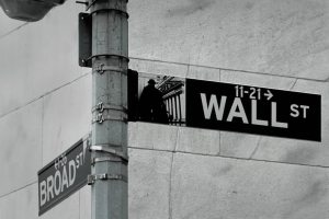 wall_street_sign_photo_Mathew Knott