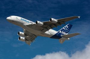 Airbus_A380_photo_Roger Green