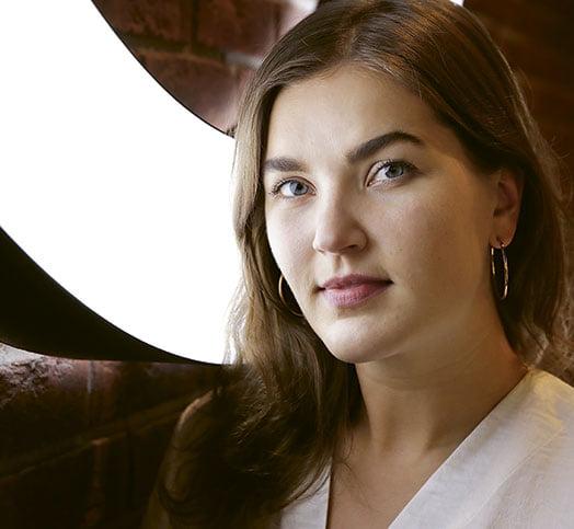 """Voglian toimitusjohtaja Katriina Virtanen: """"Paras vaurauden merkki on onnellisuus"""""""