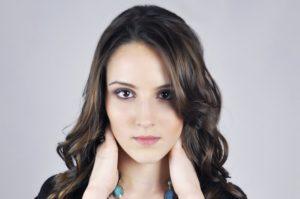 Kvinna med vackert hår