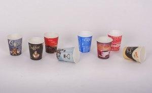 картонени чаши