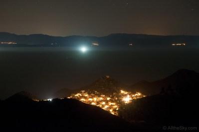 Reflektor jednog ribarskog broda kod Lastova.