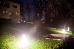 Devastacija noćnog krajolika, urbana vila u ulici Krležin gvozd, Zagreb.