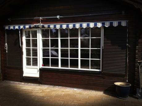 Ekstrands utåtgående Sverige Fönster och fönsterdörr med bröstning avtagbar spröjs