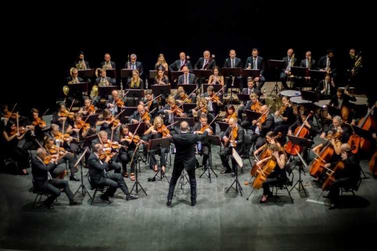 """Conservatorio Braga, a Teramo la seconda parte del festival """"Musanima"""" con il concerto dell'Orchestra Sinfonica Abruzzese"""