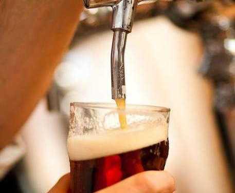Blitz dei Nas in un birrificio artigianale: sequestrata una tonnellata di birra