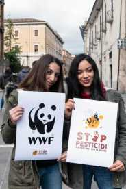 Flash mob Stop Pesticidi WWF 14aprile2019 1