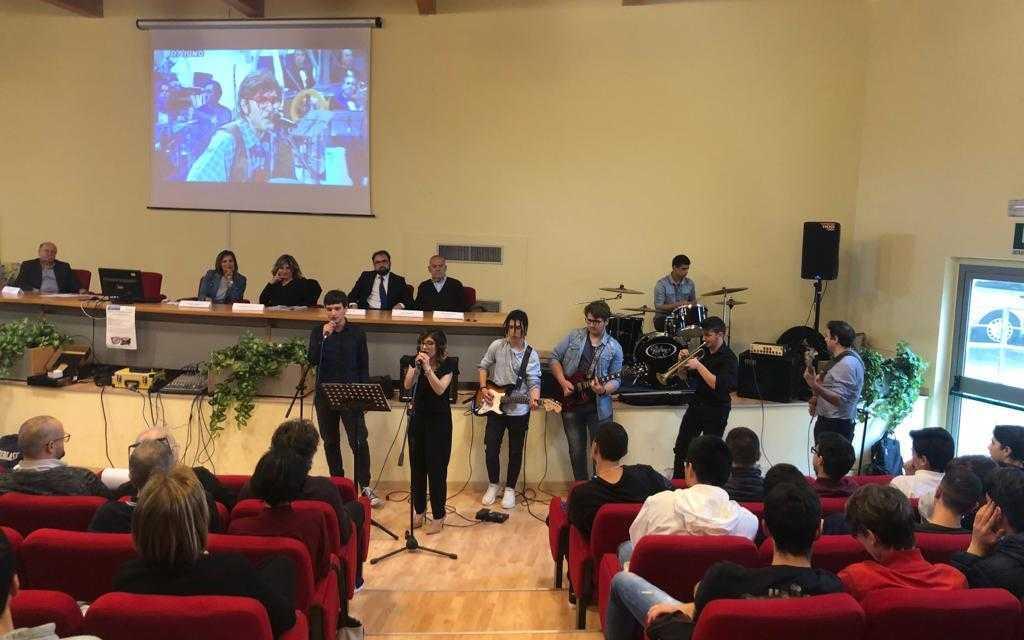 FOTO e VIDEO | Teramo, all'Alessandrini-Marino 1° Salotto musicale in omaggio ad Ivan Graziani