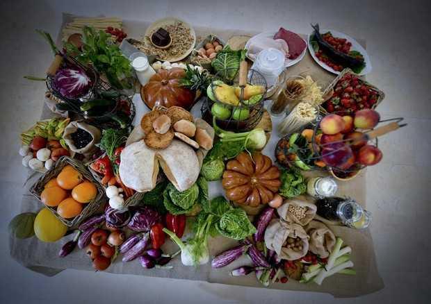 """I Pensionati della Cisl di Teramo organizzano un convegno su: """"Corretta alimentazione – Per una vita sana e longeva"""""""