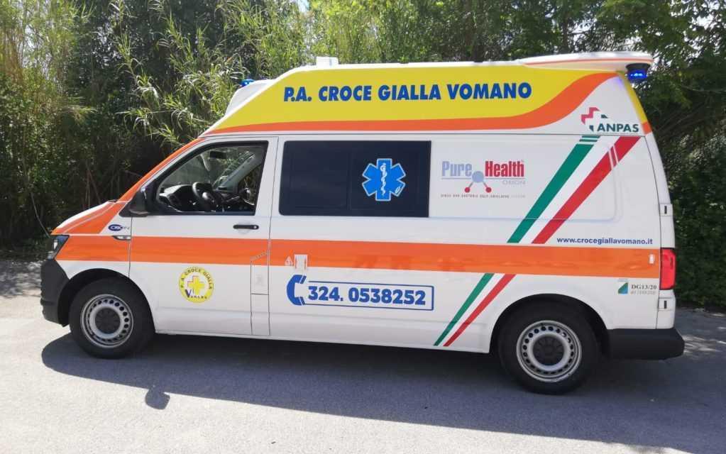 Castelnuovo, nuova ambulanza per la Croce Gialla Vomano