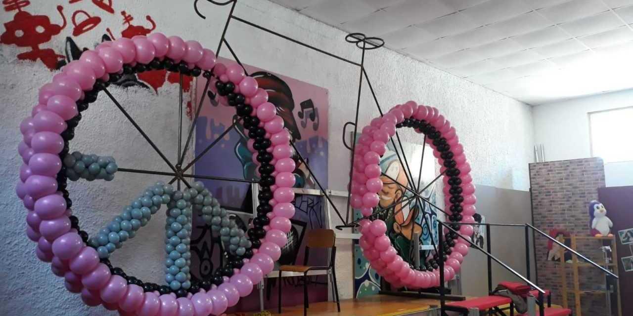 Tortoreto, la bicicletta gigante per omaggiare il Giro d'Italia