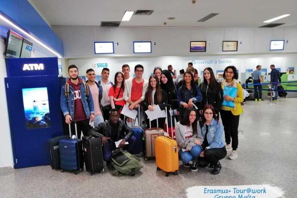 """A Malta per il progetto """"Erasmus+ Tour@Work"""" 15 studenti delle province di Pescara e Teramo"""