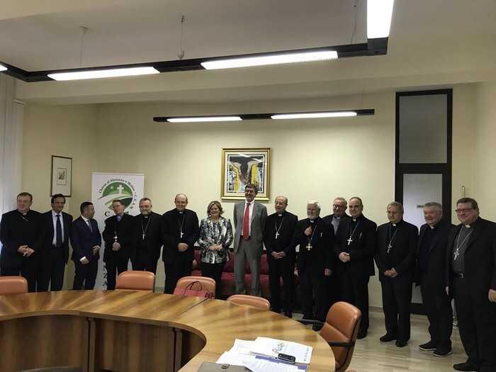 Marsilio ha incontrato i vescovi Ceam: tra i temi ricostruzione post sisma e marginalità sociali