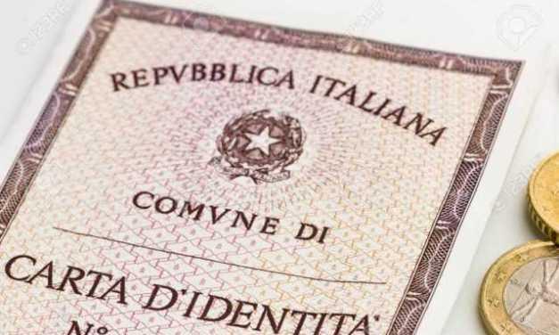 Uffici chiusi a Bari e vacanza a rischio: costretti a rientrare a Teramo per rinnovare la Carta d'identità