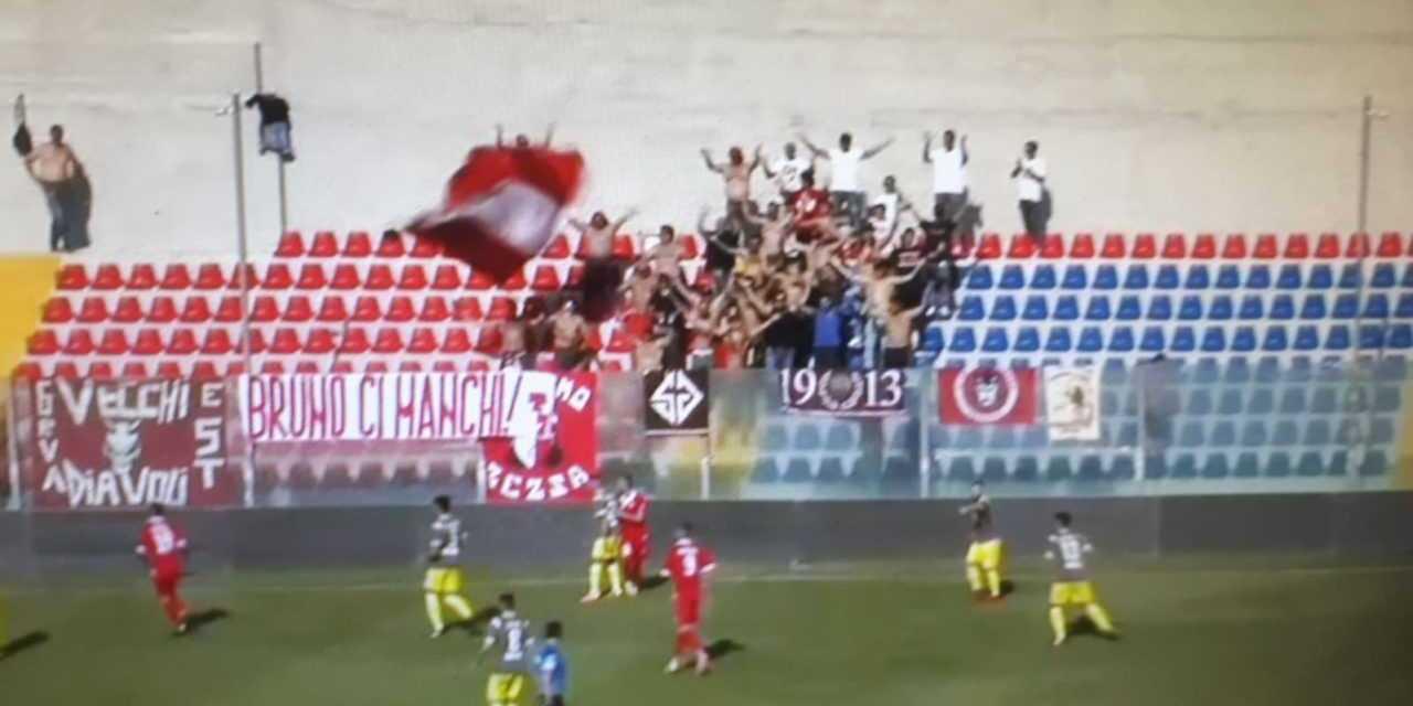 Calcio C, il Teramo si veste da Babbo Natale ed omaggia il modestissimo Rende (1-1)