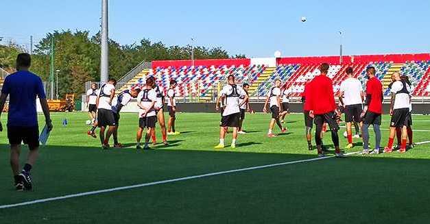 Calcio C, primo allenamento nel Bonolis dei biancorossi: attesa per la decisione della Commissione