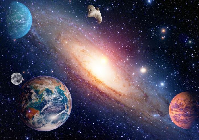 「水星逆行」中は、コミュニケーションや移動にトラブルが生じやすい!?<br>【12星座別】水星逆行を乗り切る方法!