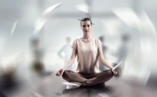 瞑想はただ「現れる」ものです。湧き上がる泉のように、内側から溢れ出てくる感覚です。<br>〜この世界の奥深くに渦巻く、たったひとつのエネルギーに溶けることが瞑想です。〜
