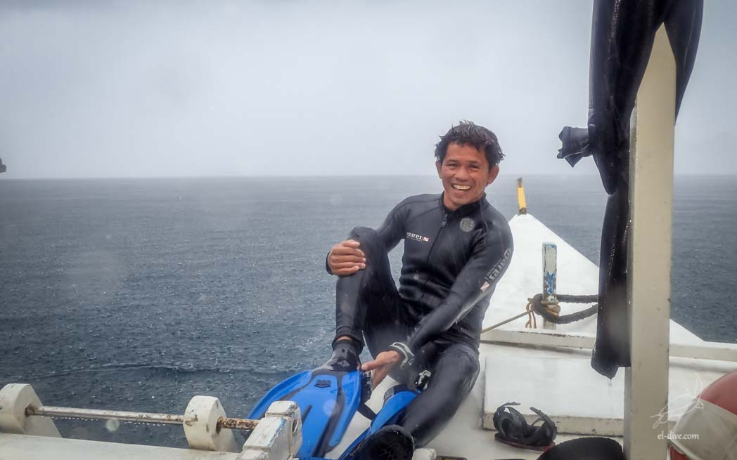 Rainy day but happy scuba dive with Larry