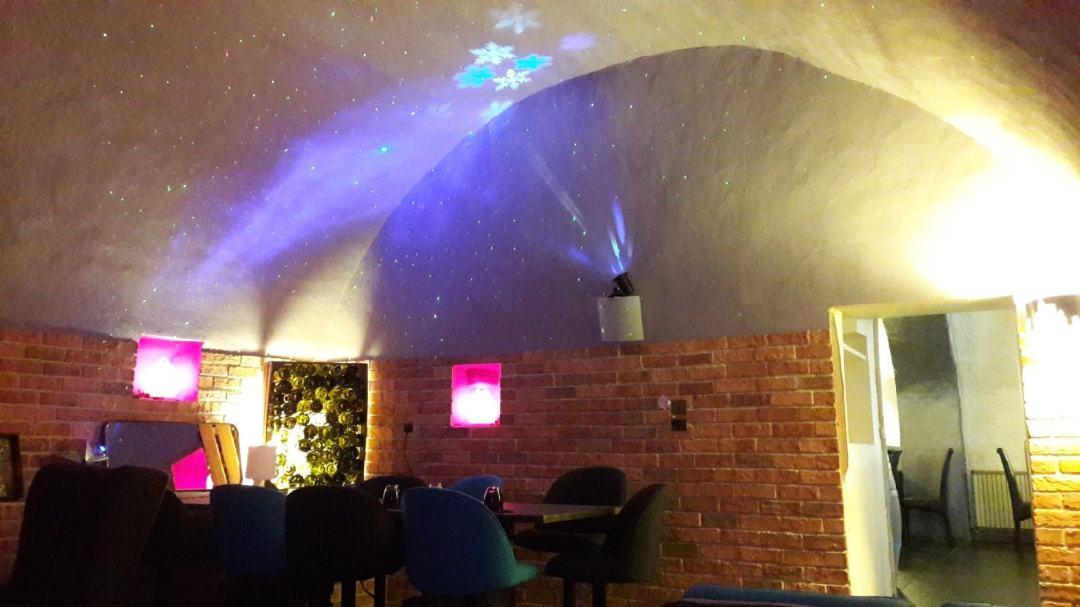 El Gusanillo concept restaurant et pizzéria à St Hippolyte du Fort - espace lounge