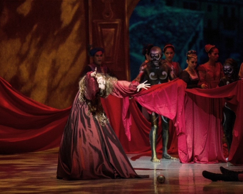 Cristina Rossel bailarina danza el teatro