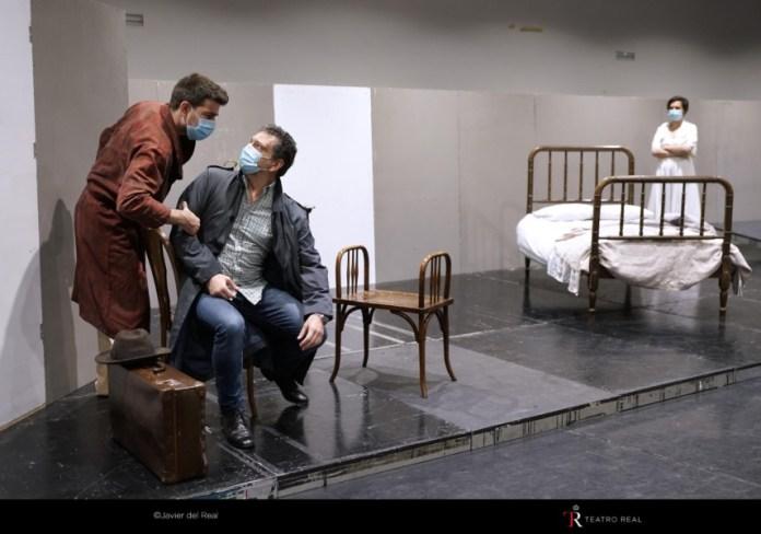 """Jordi Francés: """"Con la ópera es posible contar y cantar sobre el exilio"""" Transito Teatro Real Matadero"""
