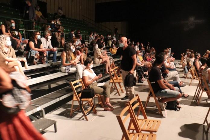 Amar las fiestas teatrales: Las ferias en el segundo año de la pandemia