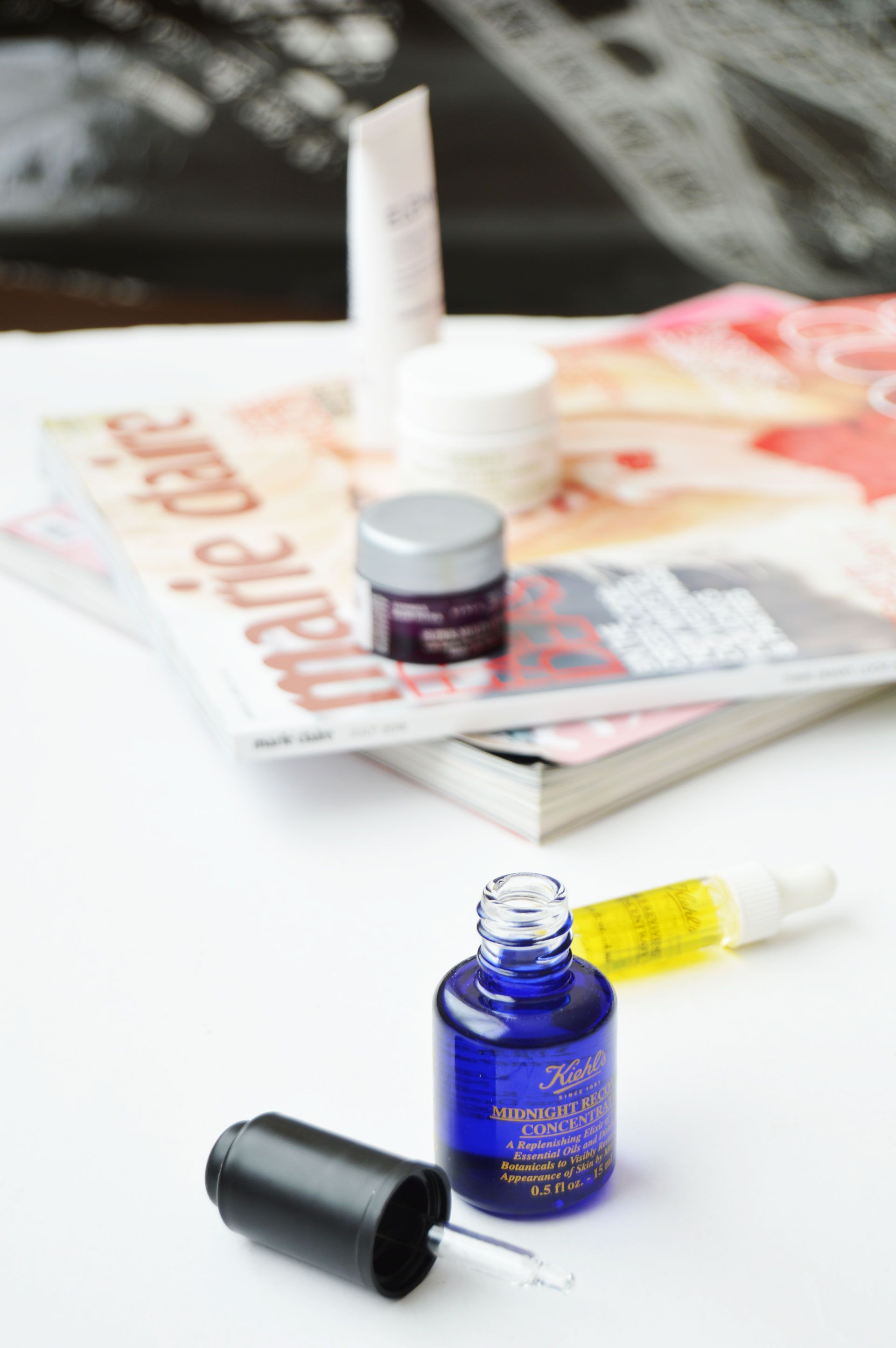 Skincare Routine with Kiehl's Midnight Recovery Concentrate | It is lightweight and fast absorbing oil, which will give fresh radiant looking skin.