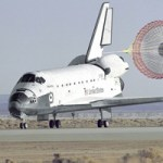 Space-Shuttle-Atlantis-landing-NASA-sm