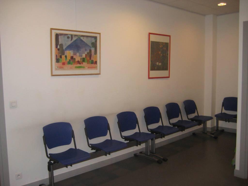 IPS 9 consultation salle attente