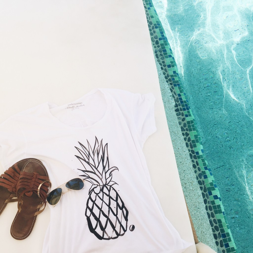 Wellen Women Pineapple Tee, Ray Ban Aviators + Summer Sandals Poolside at the Grand Solmar Land's End Resort - elanaloo.com