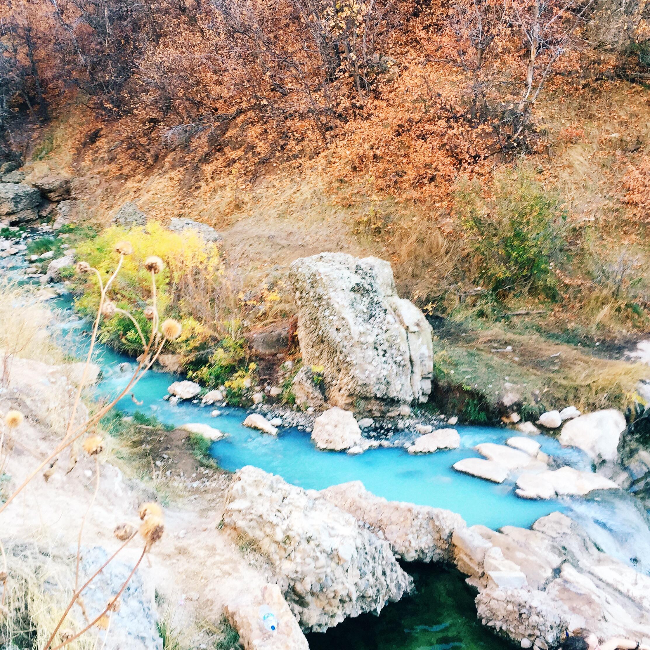 BEST HIKES IN UTAH - Diamond Fork Hot Springs   elanaloo.com