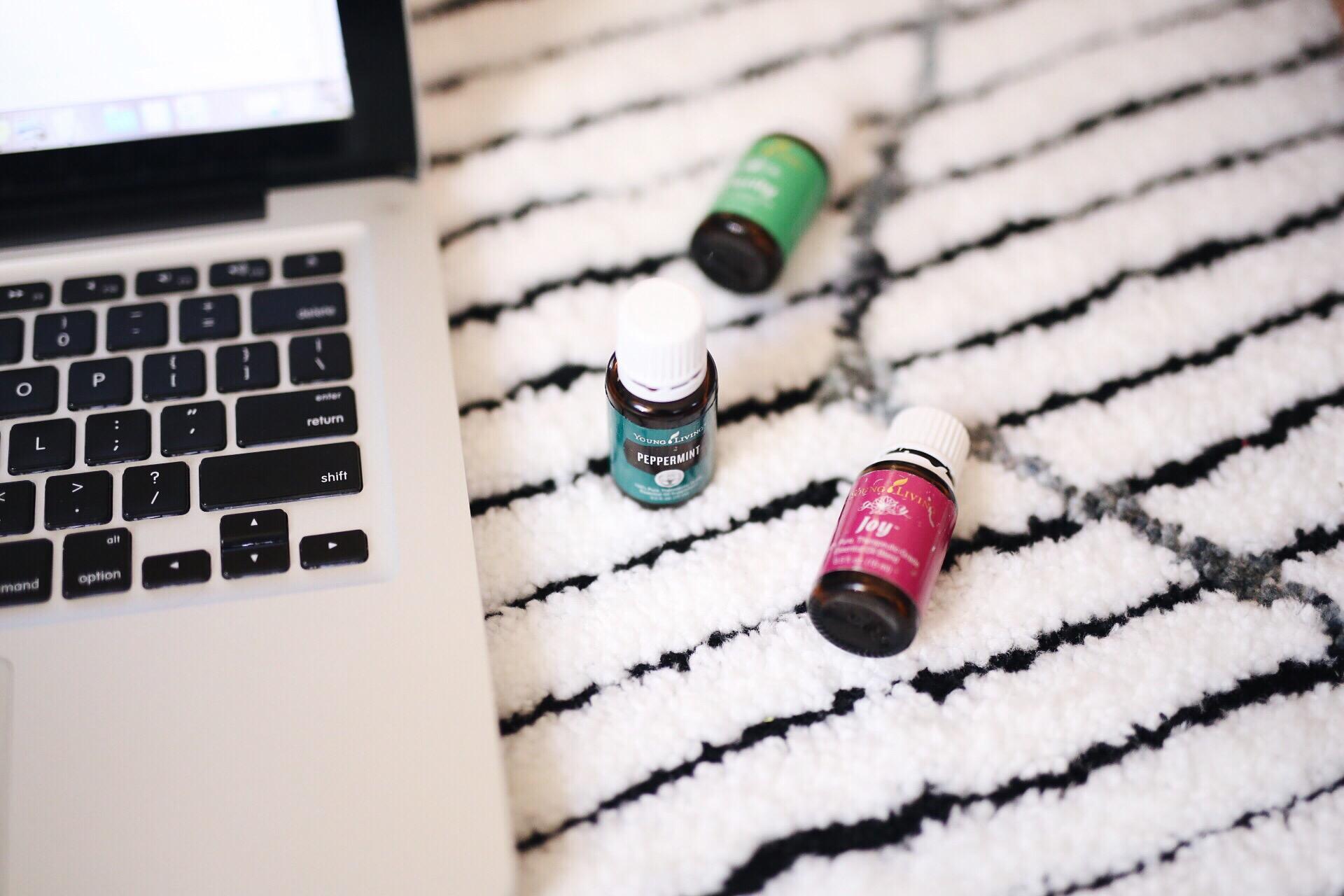 Essential Oils to Help You Focus | elanaloo.com