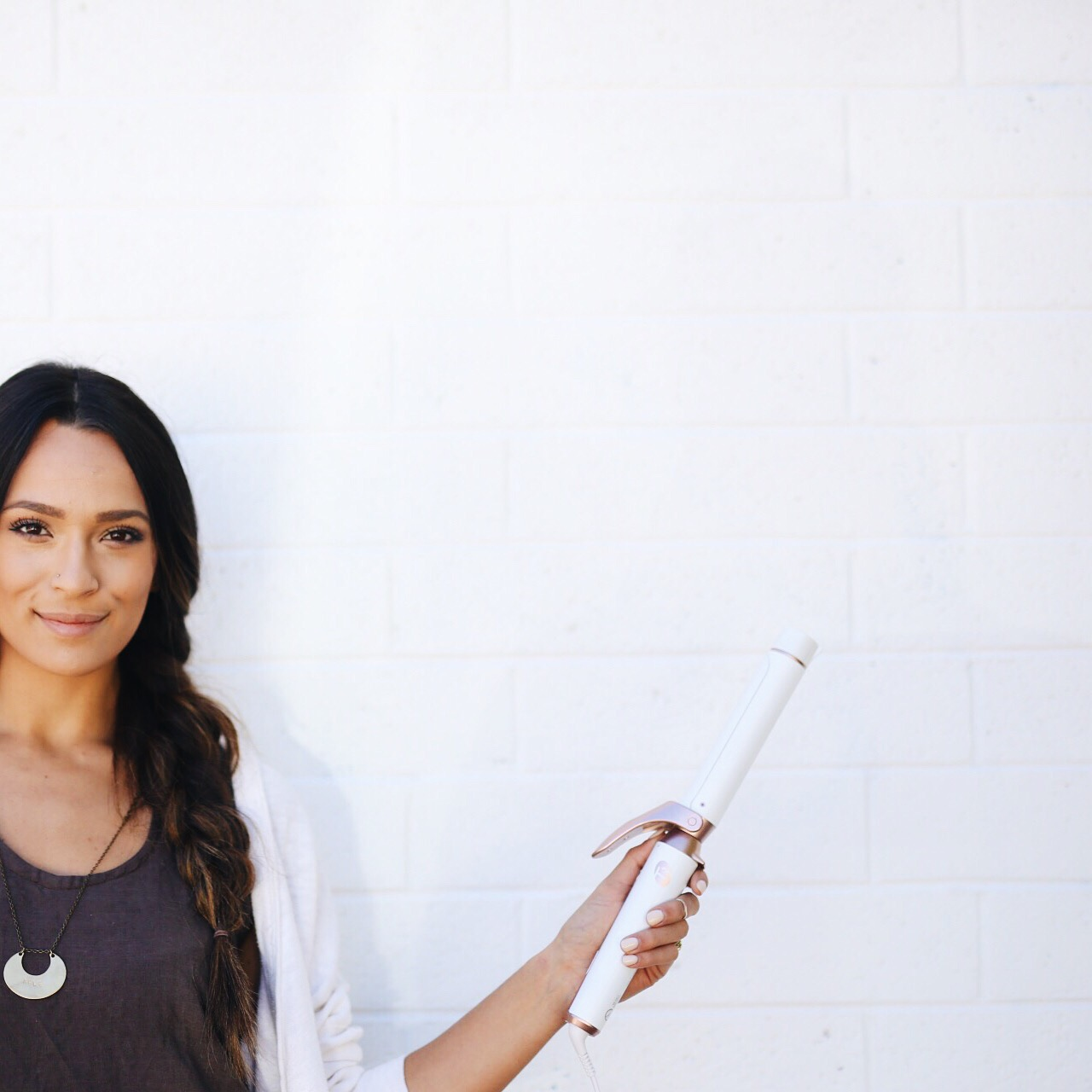 t3Micro Curling Iron - Best Hair Products for Women | elanaloo.com