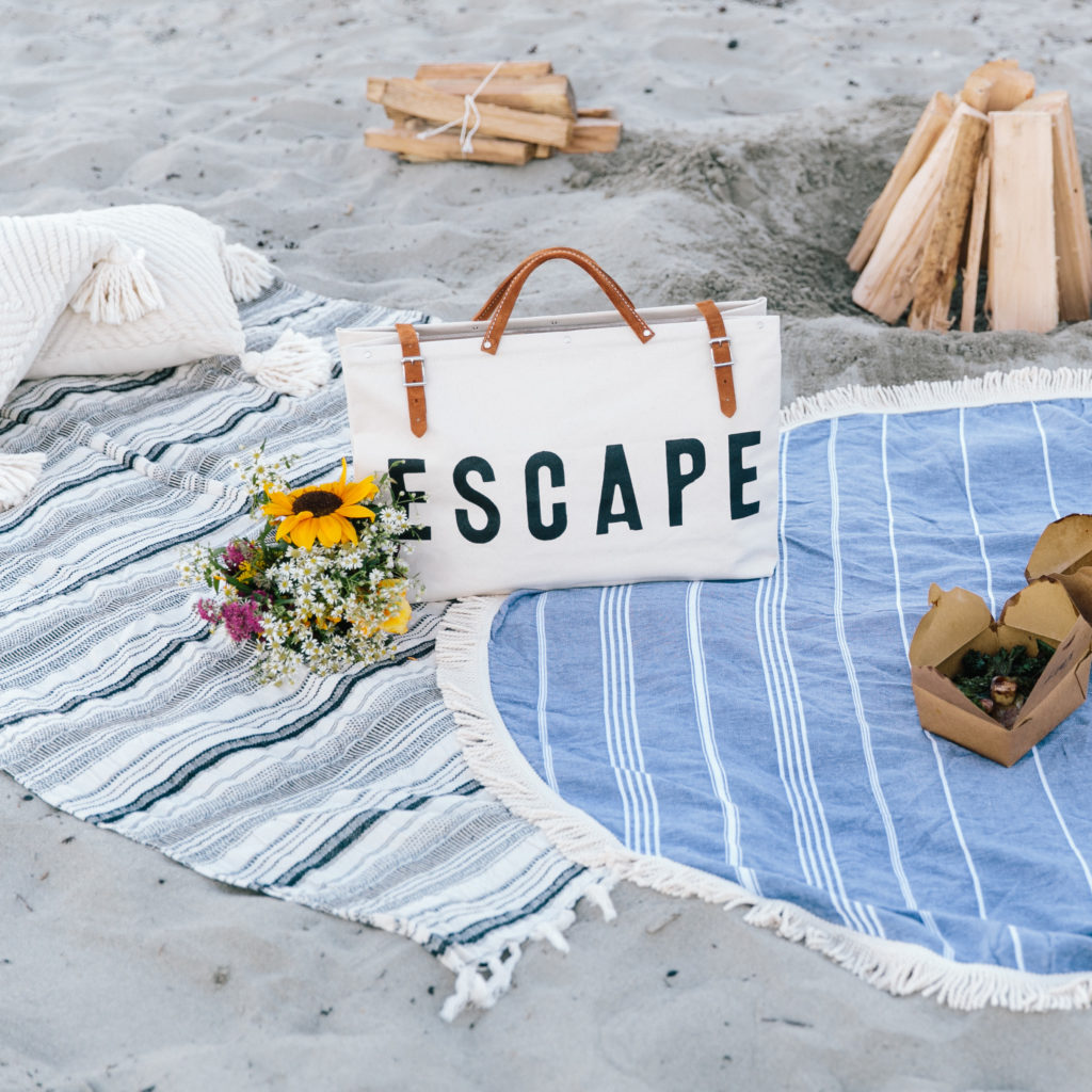How To Host An Intimate Beach Picnic | Beach Dinner | Beach Fire | Intimate Beach Side Evening | Camden, Maine | Things to do in Camden, Maine | Gorgeous Styled Beach Picnic | ESCAPE ForestBound Bag | Round Beach Towel | Fun Beach Fire With Friends | Beach Adventure via @elanaloo + elanaloo.com