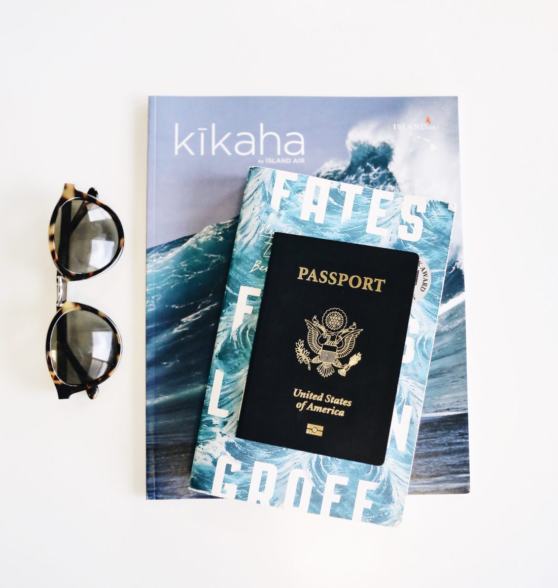 Travel Guide to Kauai, Hawaii | Flying with Island Air | Hawaii Flights | Travel Tips for Kauai | Packing List for Kauai | Helpful Tips for Traveling to Kauai | Kauai Travel Guide | Hawaii Travel Guide | Why You Should Visit Hawaii | Napali Coast Boat Excursion | Activities To Do in Kauai | Best Vacation Places in the World via @elanaloo + elanaloo.com