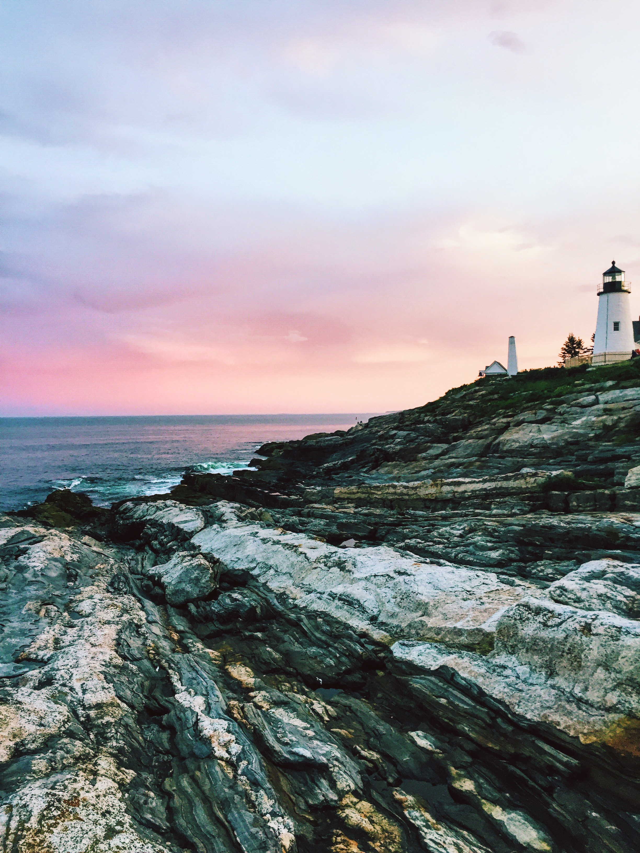 Best Places to Stay in Maine | Best Hotels on the Coast of Maine | Where to stay in the coastal towns of Maine | Travel Guide to the coast of Maine | How to Experience Maine | Camden, Rockport, Rockland, Portland, Kennebunkport, Maine | Best of Maine via Travel Blogger @elanaloo + elanaloo.com