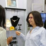 Banca Solidaria exhorta a empresarios criollos a internacionalizar el larimar