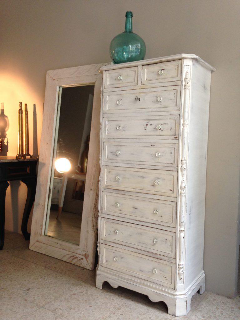 Muebles restaurados obtenga ideas dise o de muebles para - Muebles restaurados vintage ...