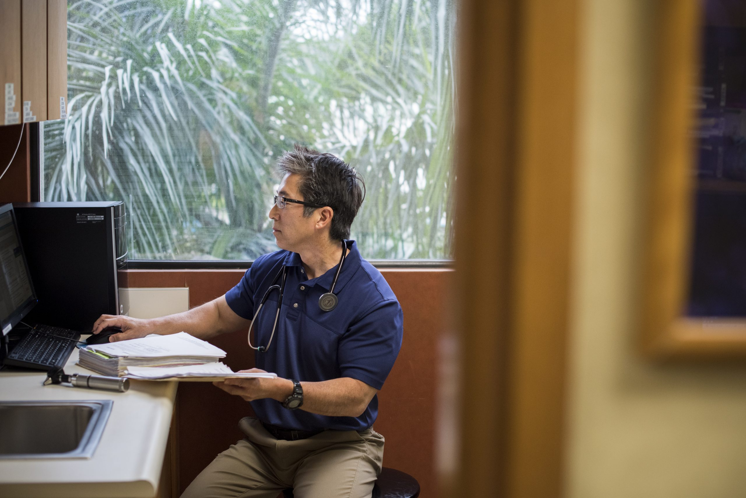 Meet the Community Physician Committed to Pursuing Balance Between Family and Medicine