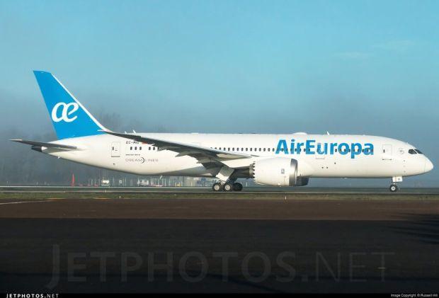 EC-MIG, el primer 787-8 de Air Europa (Russell Hill para Jetphotos.net)