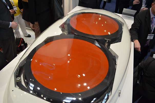 Antena Ku de GoGo, una de las dos principales compañías de WiFi a bordo