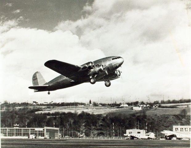 Prototipo del Boeing 307 que terminaría accidentado. Tan solo 10 aparatos fueron construidos (San Diego Air & Space Museum Archives)