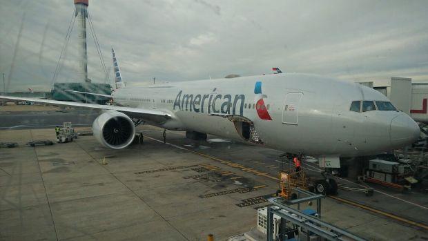 American Boeing 777-300ER