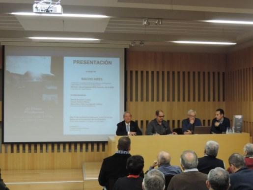 Un momento de la presentación. De izda a dcha, Óscar Guerra, David Gustavo López, el periodista Nacho Ares y el presidente de Pro Monumenta, Marcelino Félix Fernández