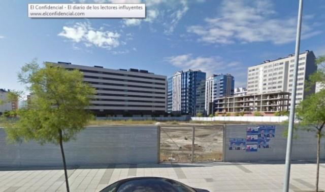 En esta parcela de la Rosaleda se levantará  la nueva residencia de mayores de Ponferrada