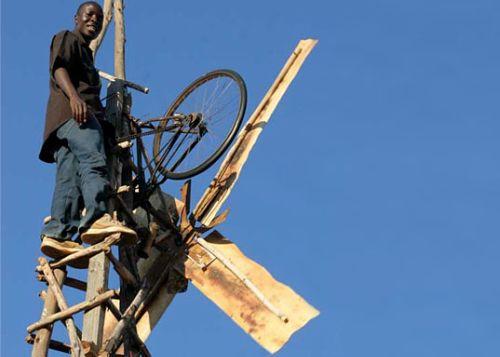 luz africa2 - William Kankwamba: el joven que hizo la luz en África