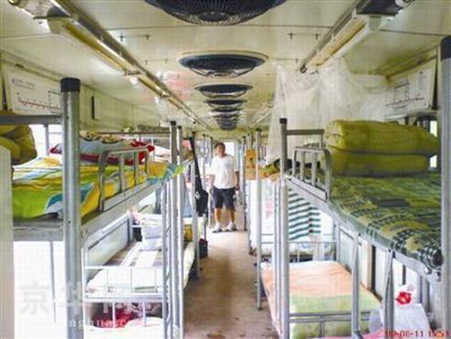 homeless1 - Vagones de tren para homeless. Todos necesitamos un techo