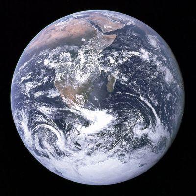 tierra - La Tierra, un punto azul en el espacio. Vídeo y reflexión de Carl Sagan